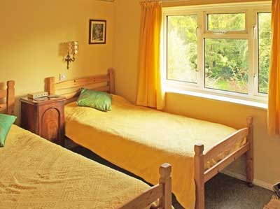 Arawa - B&B - Bed and Breakfast in Oxted, low cost hotels Surrey - twin room - pets welcome